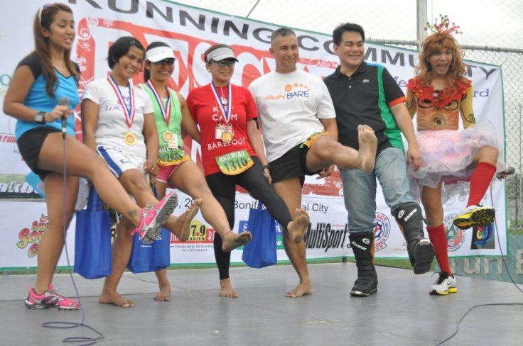 Sir Mike Logico and the barefoot running friends with Sir Rovic Gloria doing his own barefoot pose unbarefoot!