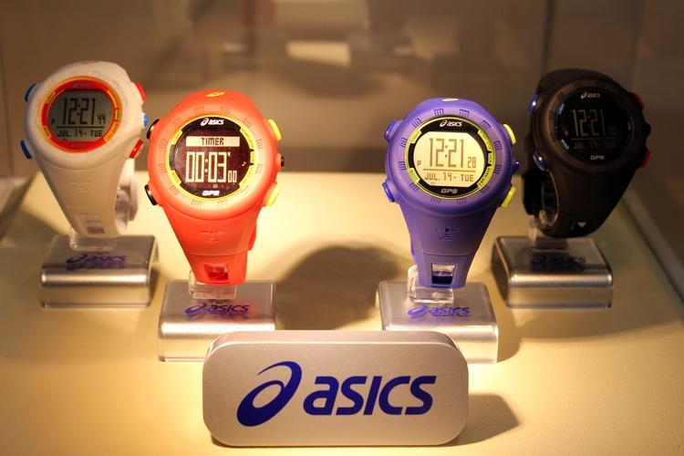 crecer recurso renovable Establecimiento  ASICS GPS and LED Running Watches – Cheapanggang Diva