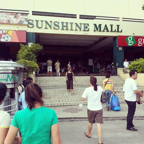 sunshine mall four square